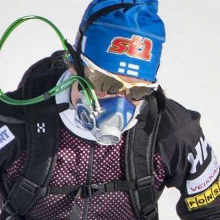 Esquiador de fondo finlandés con máscara de oxígeno  (Foto: Expressen.se)