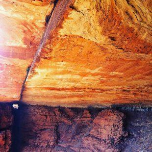 Tom Randall y Pete Whittaker escalan las fisuras de techo más largas del mundo  ()