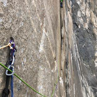 Adam Ondra en el L12 del Dawn Wall. El Capitán. Yosemite.  (Pavel Blazek)