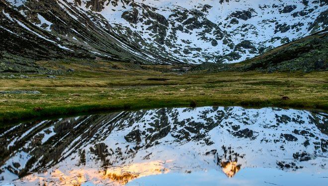 Laguna del Barco en la Sierra de Gredos  ()