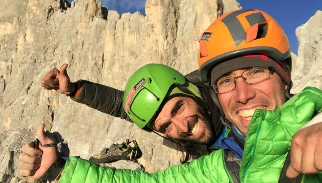 Marc Subirana y Miguel Molina en la cumbre la Torre Trieste (2.458 m)