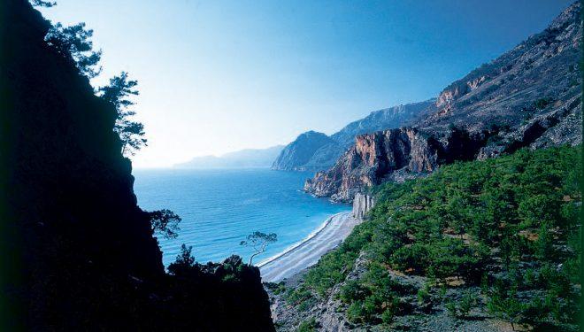 Una de las impresionantes vistas que se puede observar desde una de las rutas por Creta.  ()