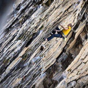 Alex Megos en Pasito a pasito 9a de Valle de los Cóndores (Chile)  (Foto: Nico Gantz)