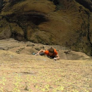 Siebe Vanhee en el primer ascenso de Fire in the belly (8a+