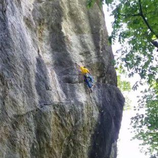 Alex Megos en su segundo 9a a vista: TCT en Gravere  ()