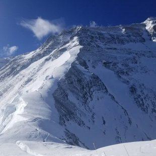Día de tiempo perfecto para las primeras cimas del Everest 2017 (Foto: Adrian Ballinger)