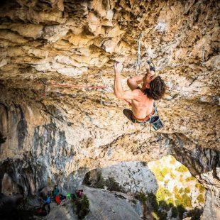 Dani Fuertes en No pain no gain 9a+ de Rodellar  (Foto: David López Campe)