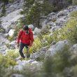 Hansjörg Auer durante su encadenamiento en solitario de tres grandes paredes Dolomitas que enlazó en parapente (8 agosto 2016)  (©Matteo Mocellin / Storyteller-Labs)