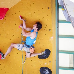 Adam Ondra quedó segundo en  la prueba Copa Mundo Escalada Dificultad celebrada en el RockMaster de Arco 2017  (©Klauss Dell´Orto)