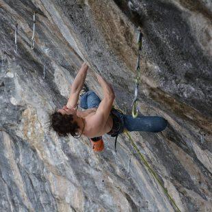 Adam Ondra en 'One slap' 9b en Arco