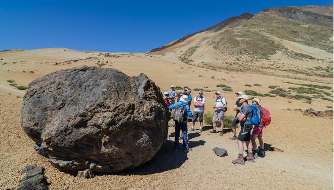Todas las rutas son dirigidas por un experto guía interpretador.  (Tenerife Walking Festival)
