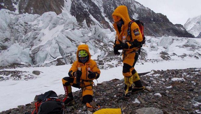 Piotr Tomala y Rafal Fronia. Expedición polaca al K2 invernal, enero 2018.