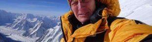 Denis Urubko en el C3 (7.200 m) del K2 invernal (febrero 2018)