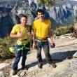 Tommy Caldwell y Alex Honnold tras batir el récord de velocidad en 'The Nose', Yosemite.