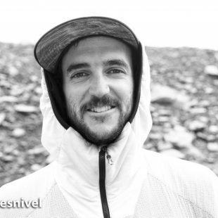El alpinista y escalador argentino Juan Pablo Mohr en el campo base del Dhaulagiri (primavera 2018).