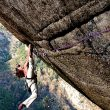 El escalador suizo Didier Berthod encadenando Greenspit