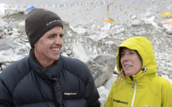 Roberto Rodrigo e Isabel García en el campo base del Everest-Lhotse 2011.