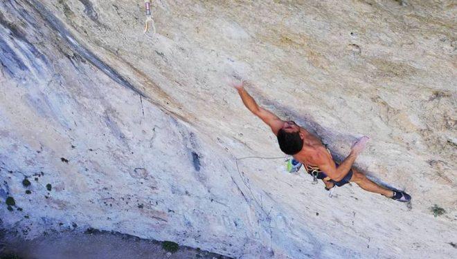 Jonatan Flor en 'Seta total' 9a de Cuenca