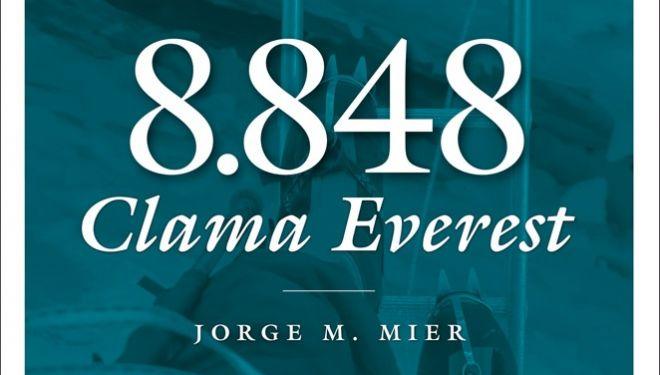 Portada del libro 8848 Clama Everest, Premio Desnivel de Literatura 2018.