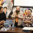 """Pati Blasco, Cesar Pérez de Tudela y Jorge M. Mier y Darío Rodríguez en la Librería Desnivel en un momento de la entrega del Premio Desnivel de Literatura a la obra """"8.848 Clama Everest"""" de Jorge M. Mier"""