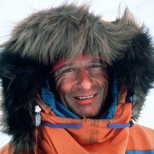 El médico y explorador polar Jean Louis Etiennne