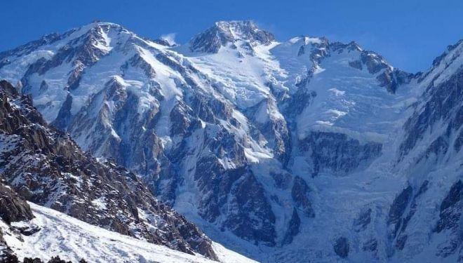 Nanga Parbat visto desde el campo base