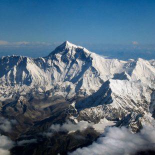 El Everest visto desde Drukair II