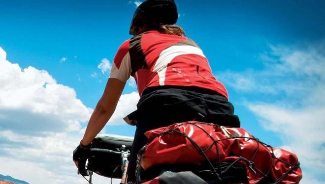 Viajar en bicicleta, las claves para empezar.