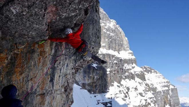 Luka Lindic, Ines Papert y Brette Harrington en 'The sound of silence' al Mt. Fay (Rocosas Canadienses)