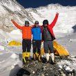 Moeses Fiamonici, Sergi Mingote y Juan pablo Mohr, en el C2 del Everest