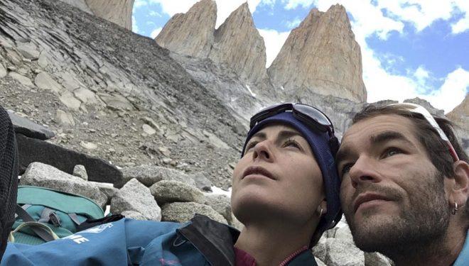 Fátima Gil y Diego Hernández en las Torres del Paine.