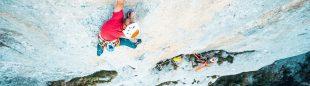 Cédric Lachat en 'Yeah man' (330 m, 8b+) en Gastlosen