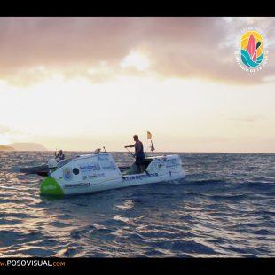 Antonio de la Rosa, primera persona que cruza el Océano Pacifico remando de pie en una embarcación de Paddle surf (agosto 2019)