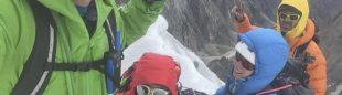 Cati Lladó, Pep Roig, Tomeu Rubí y Derek Watson en la cima del Brakk Na Brakk o Adil (5.883 metros) que no había sido ascendida., en el valle de Khane, Karakorum. Agosto 2019.
