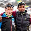 Carlos Soria y Mikel Sherpa en el campo base del Dhaulagiri. Septiembre 2019.