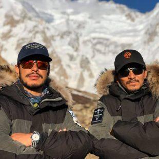 Nirmal Purja y Mingma 'David' Sherpa en el Shisha Pangma