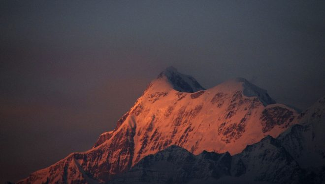 Trisul (7.120 m), en el Himalaya indio