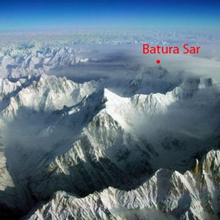 Batura Sar (7.795 m), en el Karakórum occidental