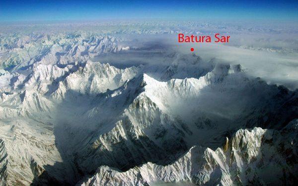 Batura Sar (7.795 m), en el Karakórum occidental