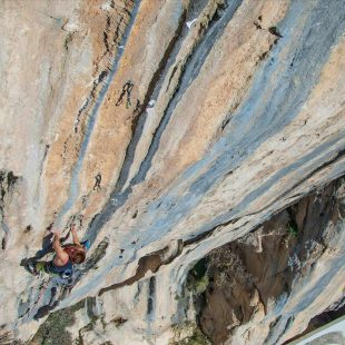 Seb Bouin en ' The dream' 9b de Brar (Albania)