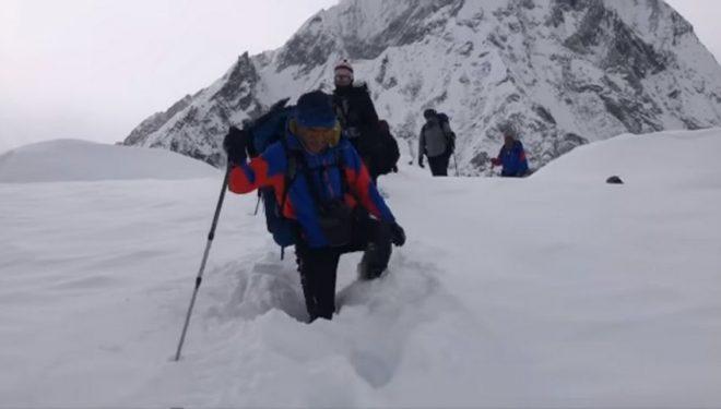 La expedición de Mingma Gyalje llega por fin al campo base del K2 invernal