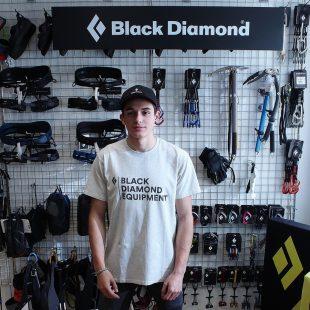 Alberto Ginés en el equipo Black Diamond