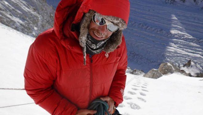 Don Bowie, cerca del C2 del Broad Peak invernal