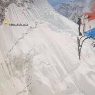 Jost Kobusch, por encima del C1 del Everest