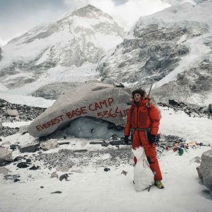 Jost Kobusch, en el campo base del Everest