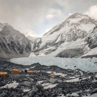 El campo base de Jost Kobusch en el Everest