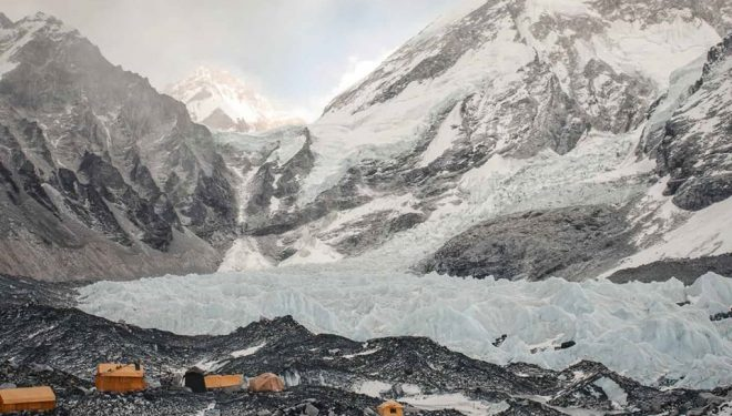 El campo base de Jost Kobusch en el Everest