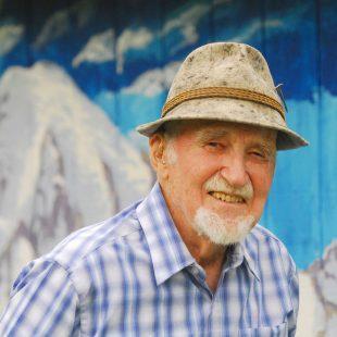 Molenaar con su característico sombrero alpino