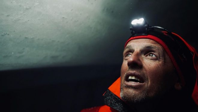 Simone Moro en el Gasherbrum I invernal