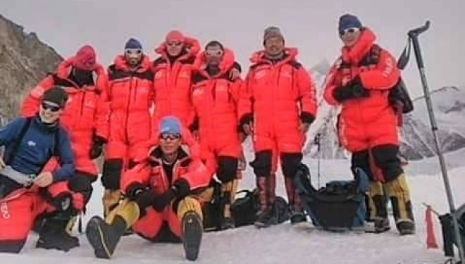 Equipo del K2 invernal 2020